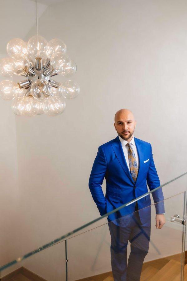 Costum-Albastru-Electric-Single-Breasted-Gentlemens-Boutique-Magazin-Online-
