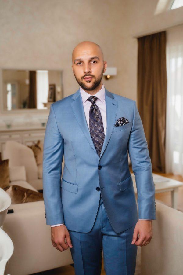 Costum-Single-Breasted-Bleu-Ciel-Costume-Casual-Magazin-Costume-Barbati-Cluj-Napoca-Gentlemen's-Boutique-