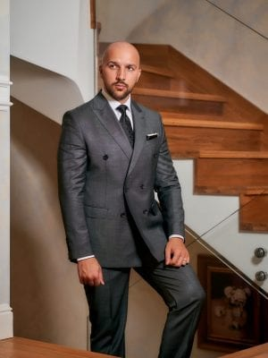 Costum-Elegant-Double-Breasted-Gri-Costume-Elegante-Magazin-Costume-Barbati-Cluj-Gentlemen's-Boutique-Gold-