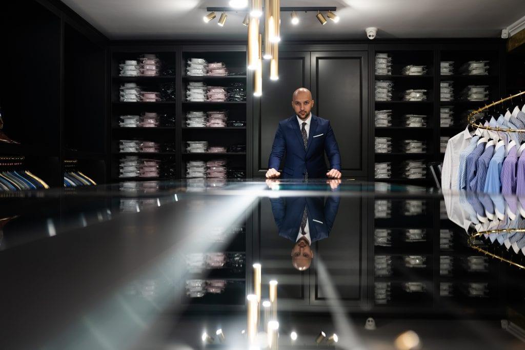 Magazin-Exclusiv-Costume-Barbati-Cluj-Napoca-Gentlemens-Boutique-Norbert-Deac-